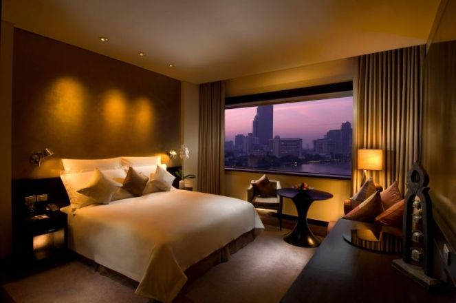 The Hilton Room overlooking the Chao Praya River and Skyline
